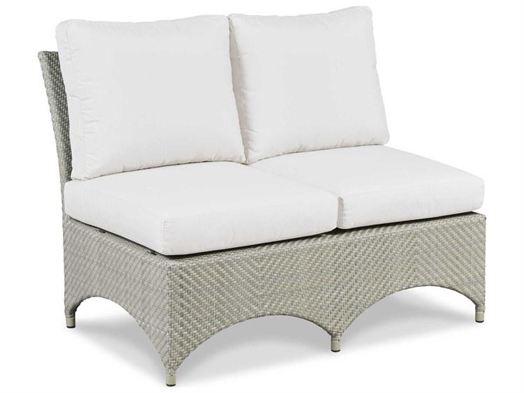 Woodbridge Furniture Outdoor Ventana