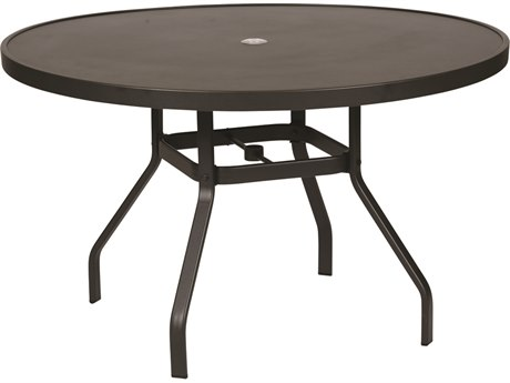 Windward Design Group Delray Smooth Aluminum 42''Wide Round Dining Table