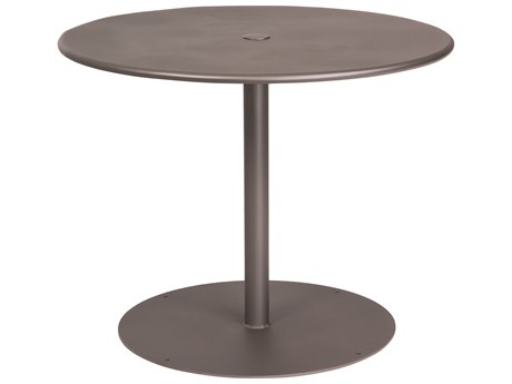 Woodard Wrought Iron 36 Round Table with Umbrella Hole