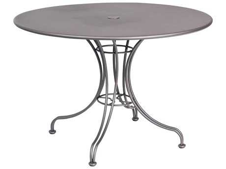 Woodard Wrought Iron 42''Wide Round Dining Table with Umbrella Hole