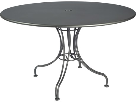 Woodard Wrought Iron 48''Wide Round Dining Table with Umbrella Hole
