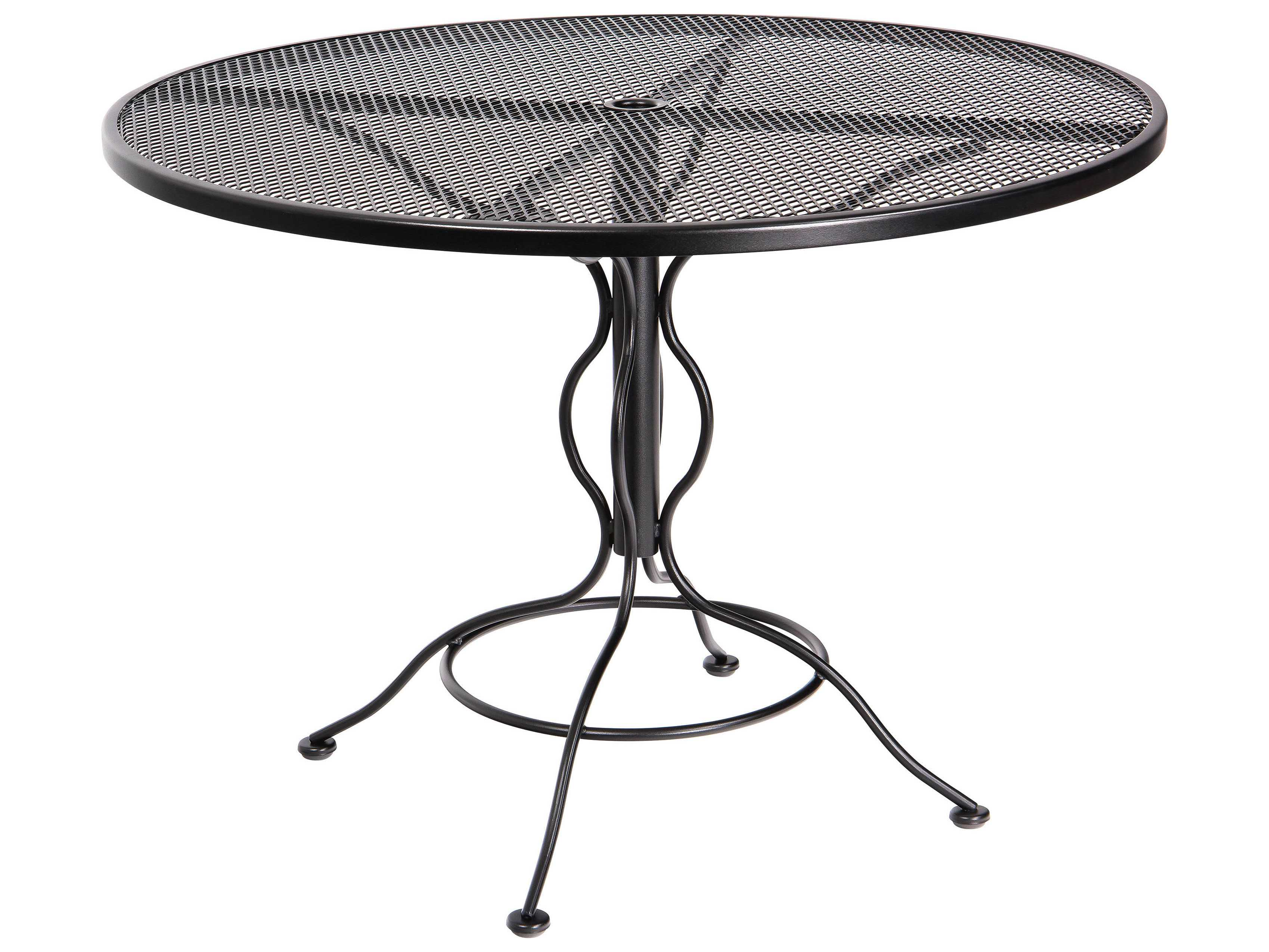 woodard mesh wrought iron 48 round curved legs table with umbrella hole wr190137. Black Bedroom Furniture Sets. Home Design Ideas