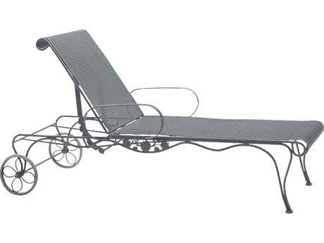 Woodard Briarwood Wrought Iron Adjustable Chaise Lounge