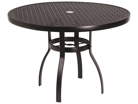 Woodard Deluxe Aluminum 42 Round Lattice Top Table with Umbrella Hole
