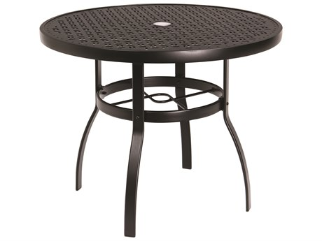 Woodard Deluxe Aluminum 36 Round Lattice Top Table with Umbrella Hole