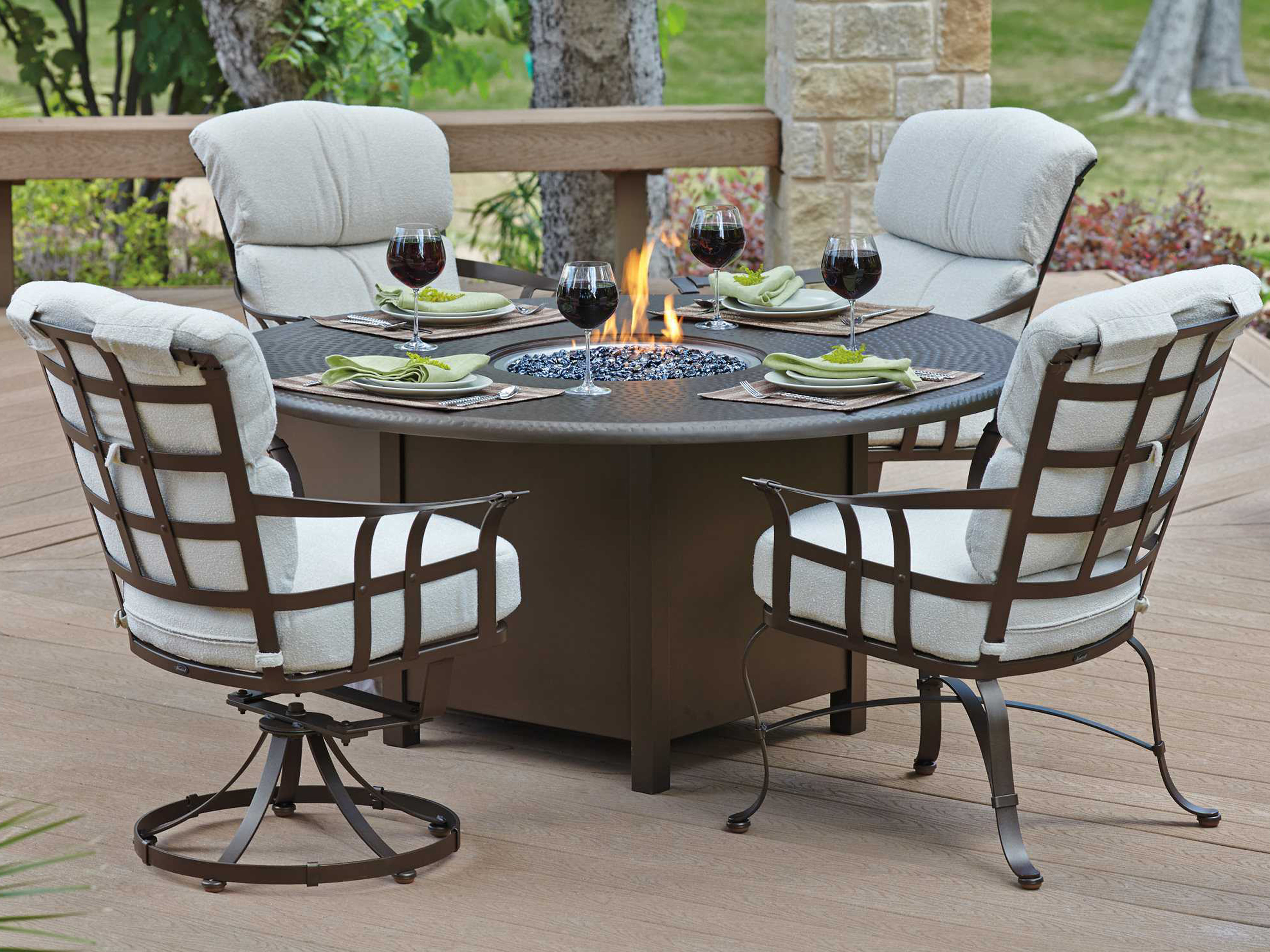 Woodard Cast Aluminum Hammered 48 Round Fire Pit Top With