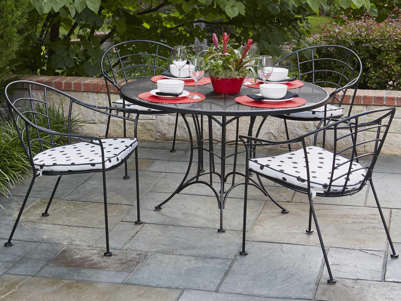 Woodard Hamilton Wrought Iron Round Umbrella Dining Table