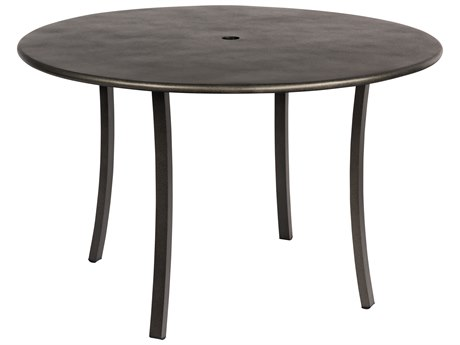 Woodard Canaveral Wicker 48 Round Umbrella Table