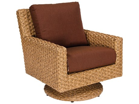 Whitecraft Mona Wicker Swivel Lounge Chair