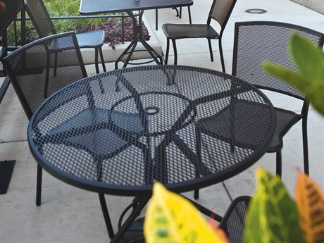Woodard Albion Wrought Iron Textured Black Dining Set