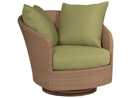 Whitecraft Saddleback Wicker Swivel Lounge Chair