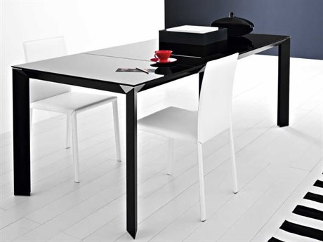 YumanMod Metropolis Black Rectangular Extendable Dining Table