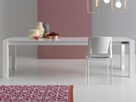 Yumanmod Mole Glossy White Extendable Rectangular Dining Table