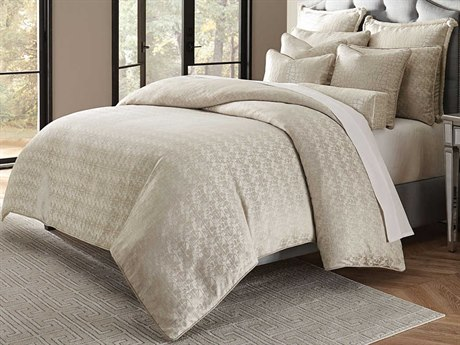 AICO Furniture Carlyle Comforters AICBCSKS10CRLYLPLTN