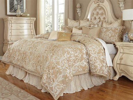 Aico Furniture Michael Amini Chateau De Lago Luxembourg Creme 12-Piece Queen Comforter Set AICBCSQS12LUXEMBCRM