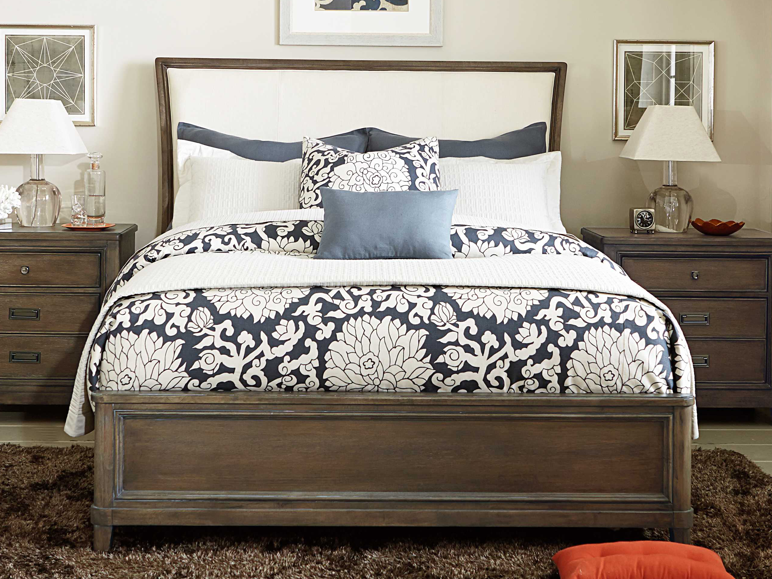 American Drew Park Studio Weathered Taupe with Gray Wash King Size Sleigh  Bed