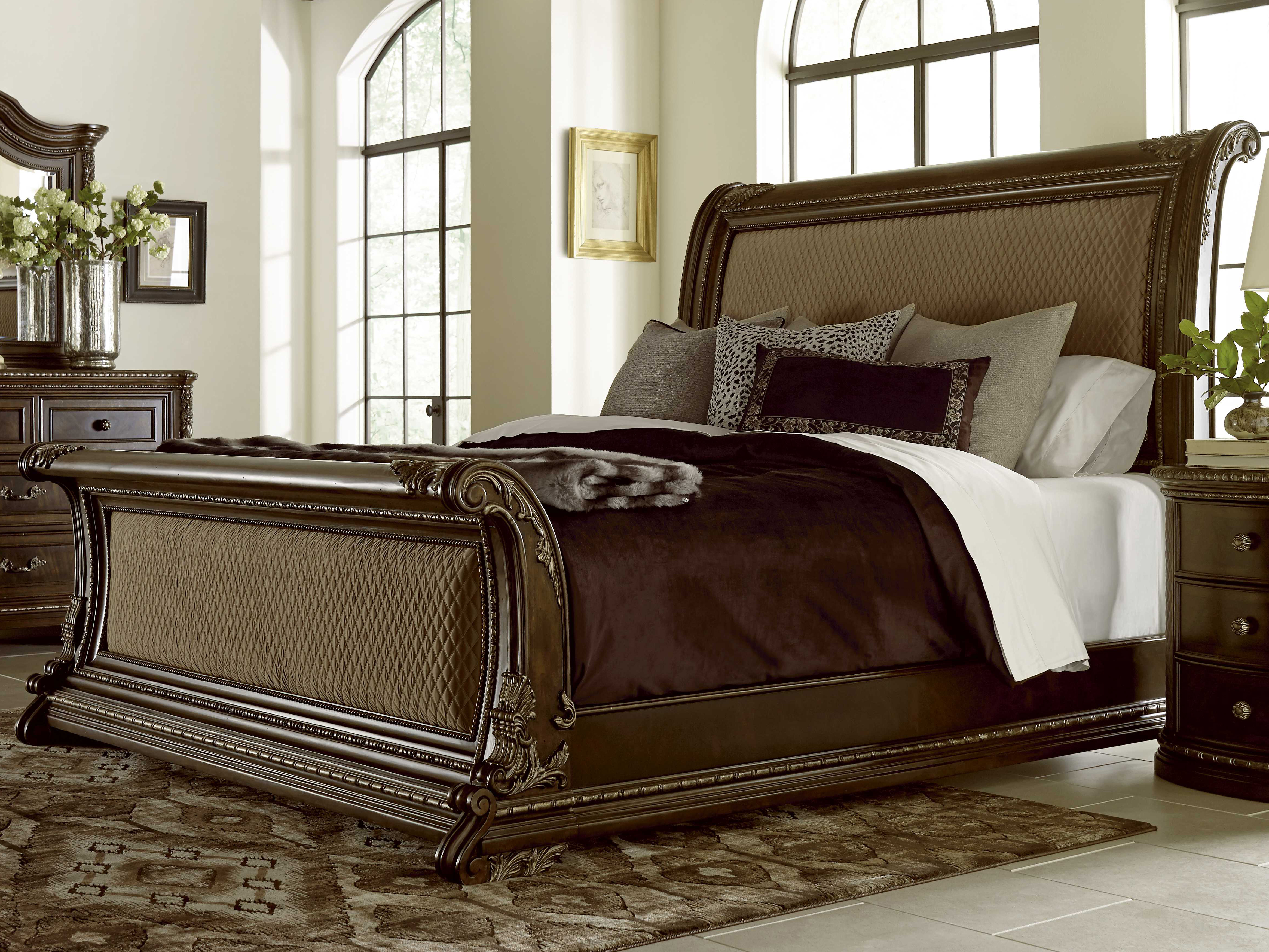 - A.R.T. Furniture Gables 18th Century Cherry Queen Size Sleigh Bed