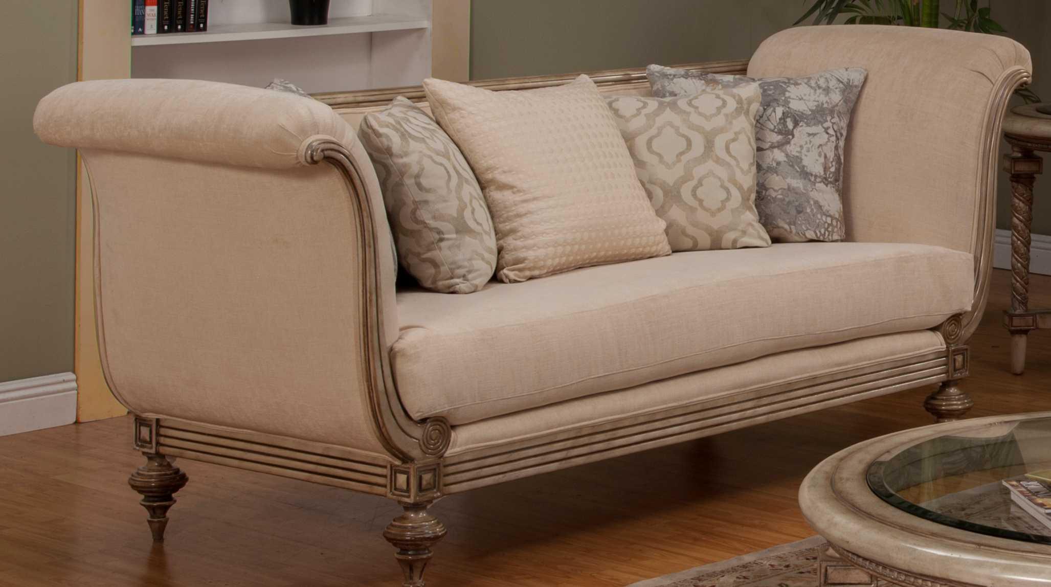 Benetti\'s Italia Furniture Milerige Sofa