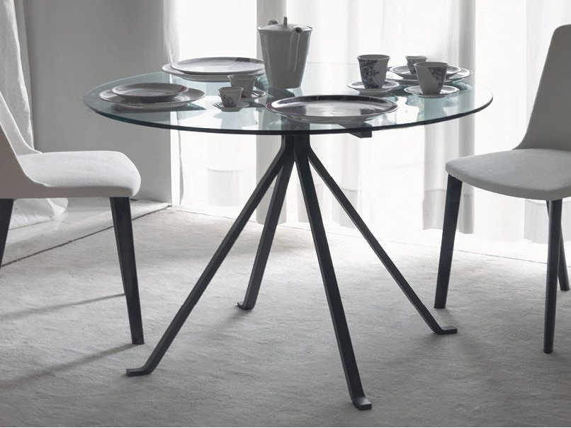 Driade Cugino Round Dining Table With Tempered Gl Top