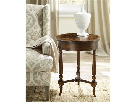 Hooker Furniture Archivist Pecky Pecan 20'' Wide Round Accent End Table