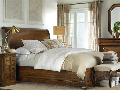 Hooker Furniture Archivist Soft Casual Pecan Queen Size Sleigh Bed with Low Footboard
