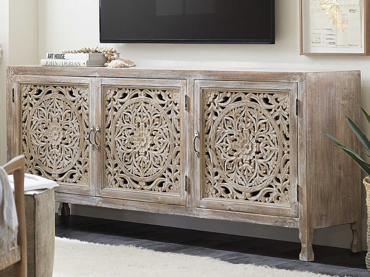 Hooker Furniture Entertainment Light Wood Tv Stand