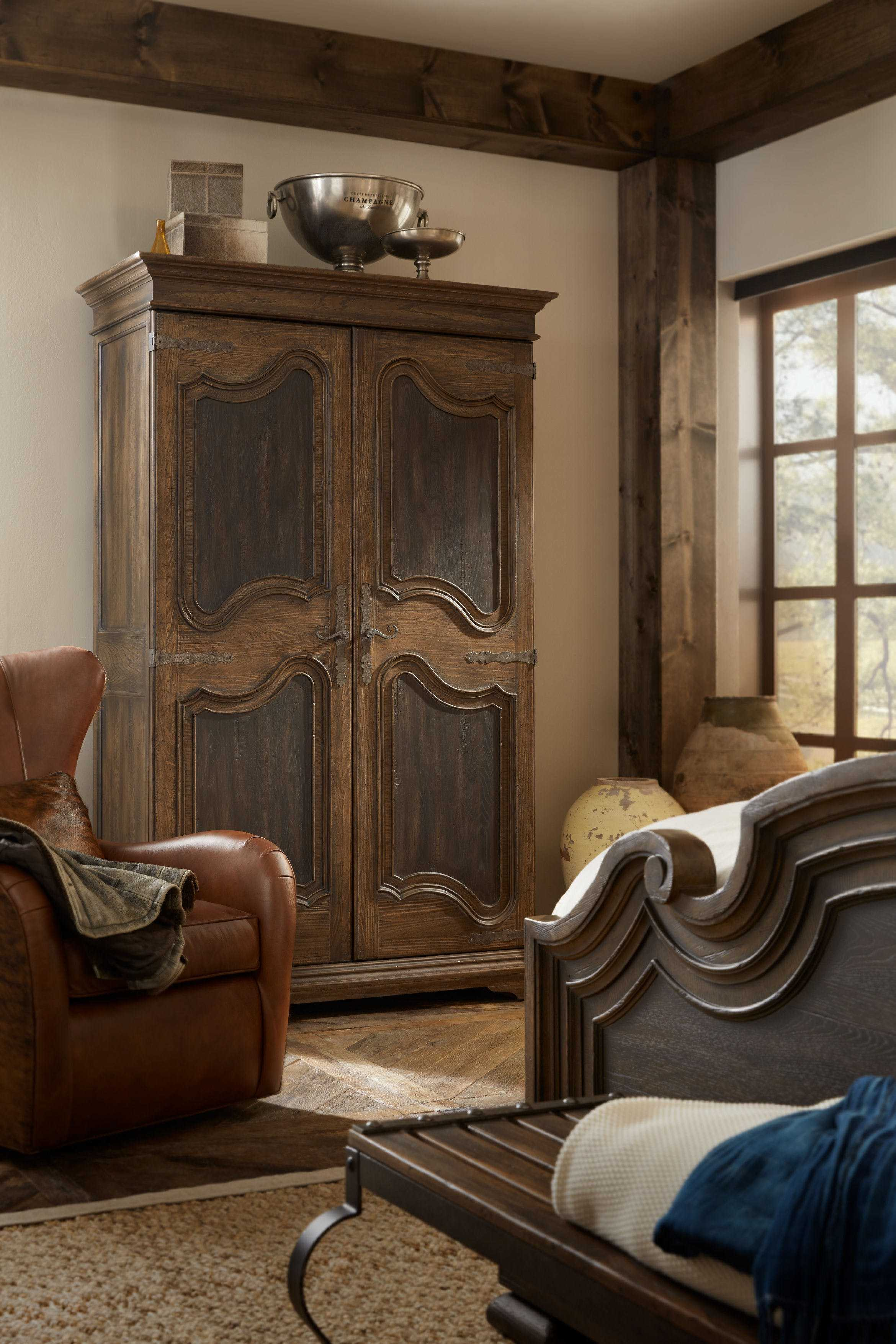 Hooker Furniture Hill Country Bedroom Set
