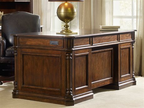 Hooker Furniture Leesburg Rich Traditional Mahogany 72''L x 36''W Rectangular Executive Desk HOO538110562