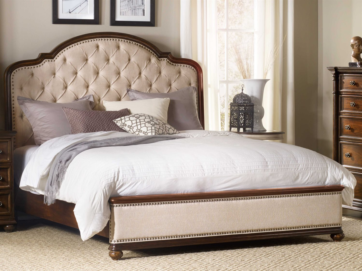 Hooker Furniture Leesburg Rich Traditional Mahogany King Size Platform Bed