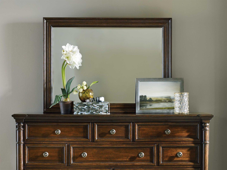 Hooker Furniture Leesburg Rich Traditional Mahogany 47 W X 34 H Rectangular Wall Mirror Hoo538190008