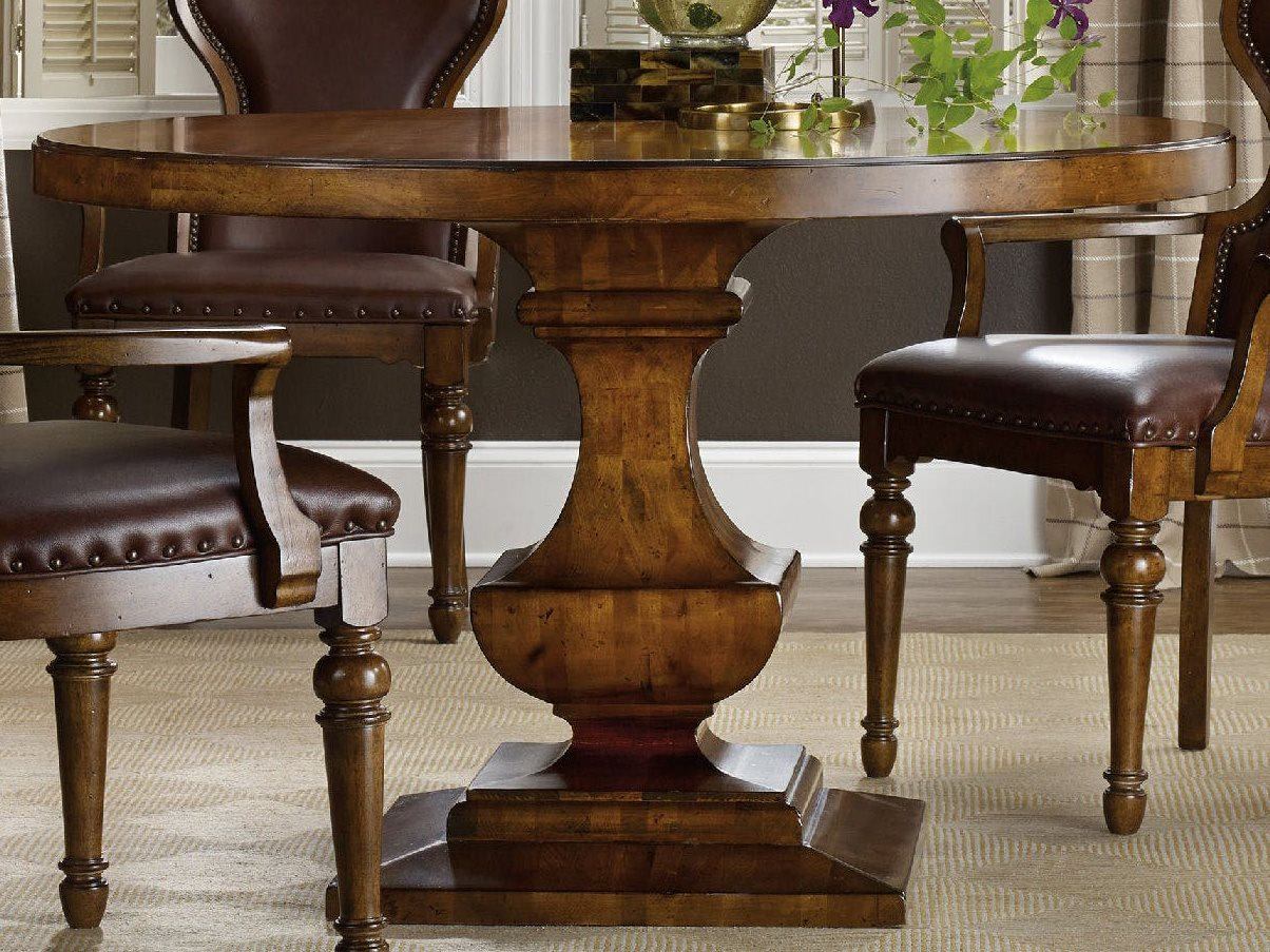 Furniture Tynecastle Medium Wood 48 Wide Round Pedestal Dining Table