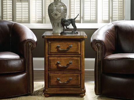 Hooker Furniture Tynecastle Medium Wood 18''L x 25''W Rectangular Chairside End Table HOO532380114