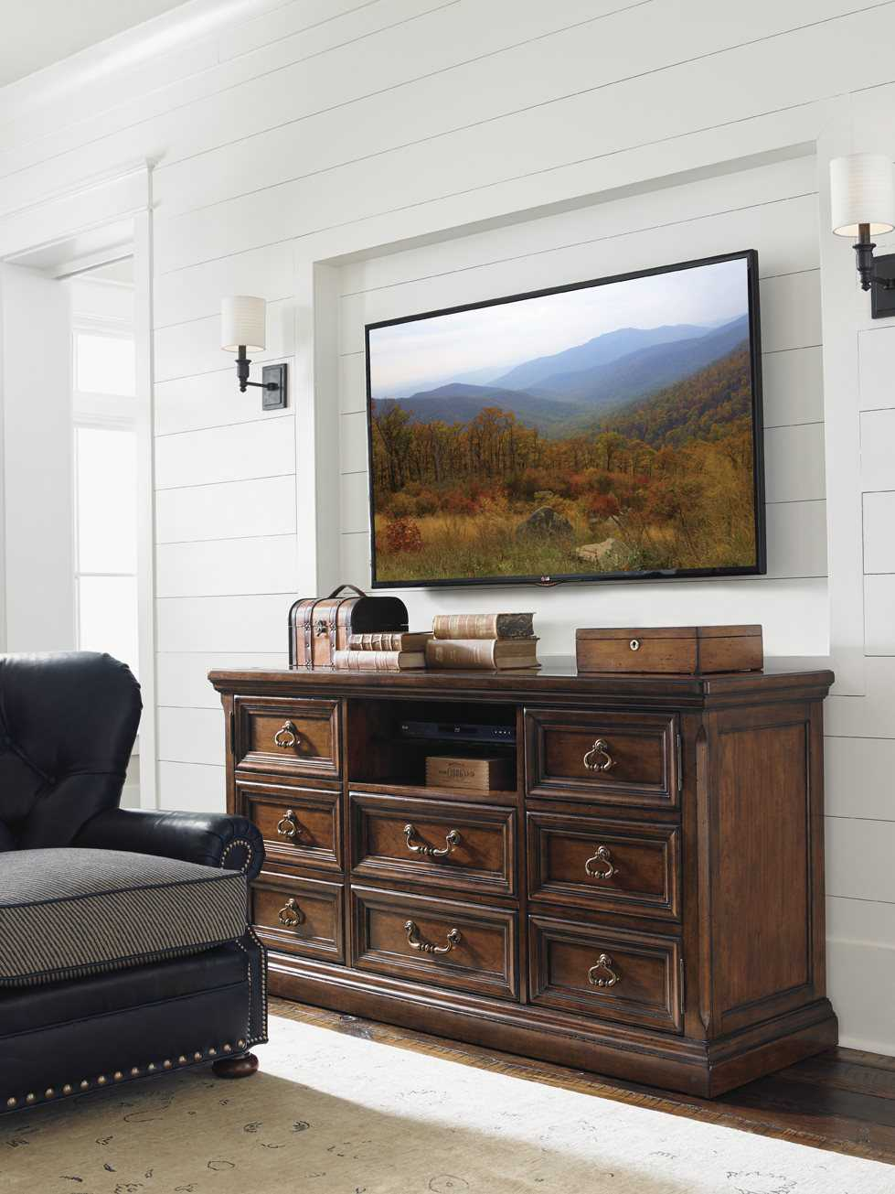 Lexington Coventry Hills Rustic Cherry Tv Stand Lx945907