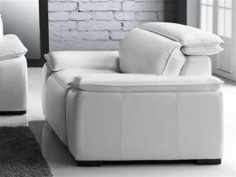 Moroni Yorbita Pure White Motorized Club Chair