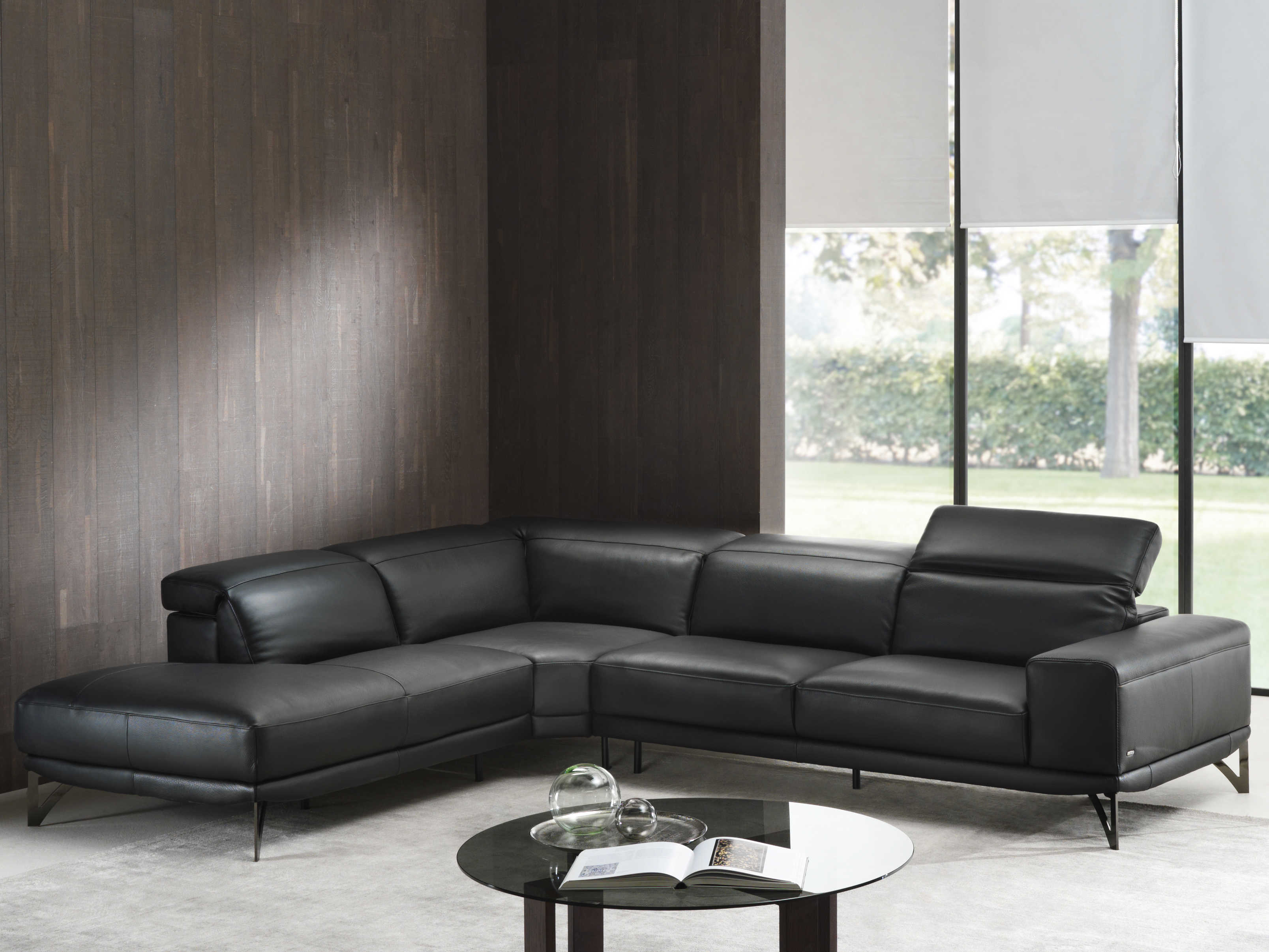 Natuzzi Editions Vigore Sectional Sofa