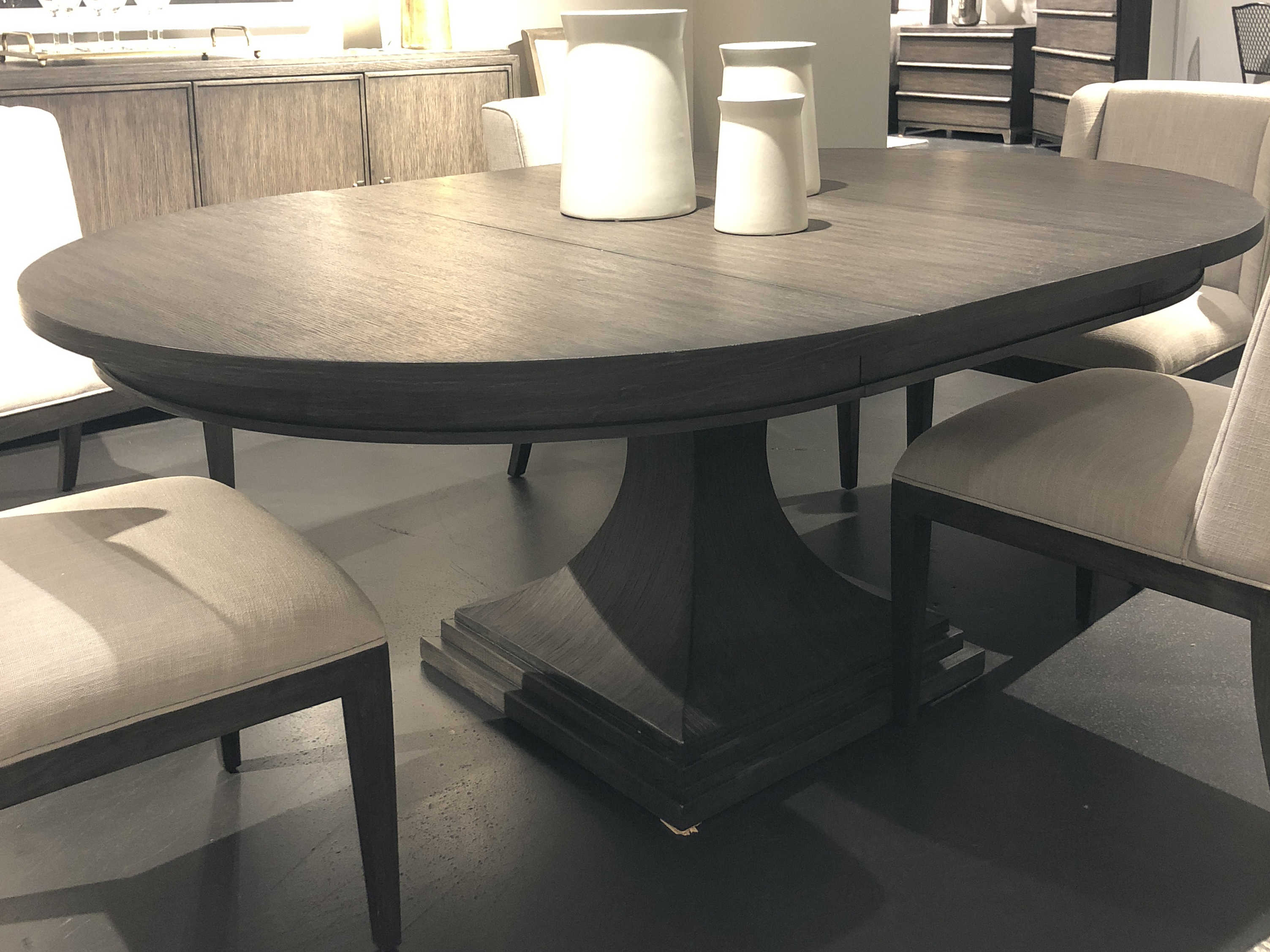 Stanley Furniture Horizon 56\'\' Wide Round Dining Table