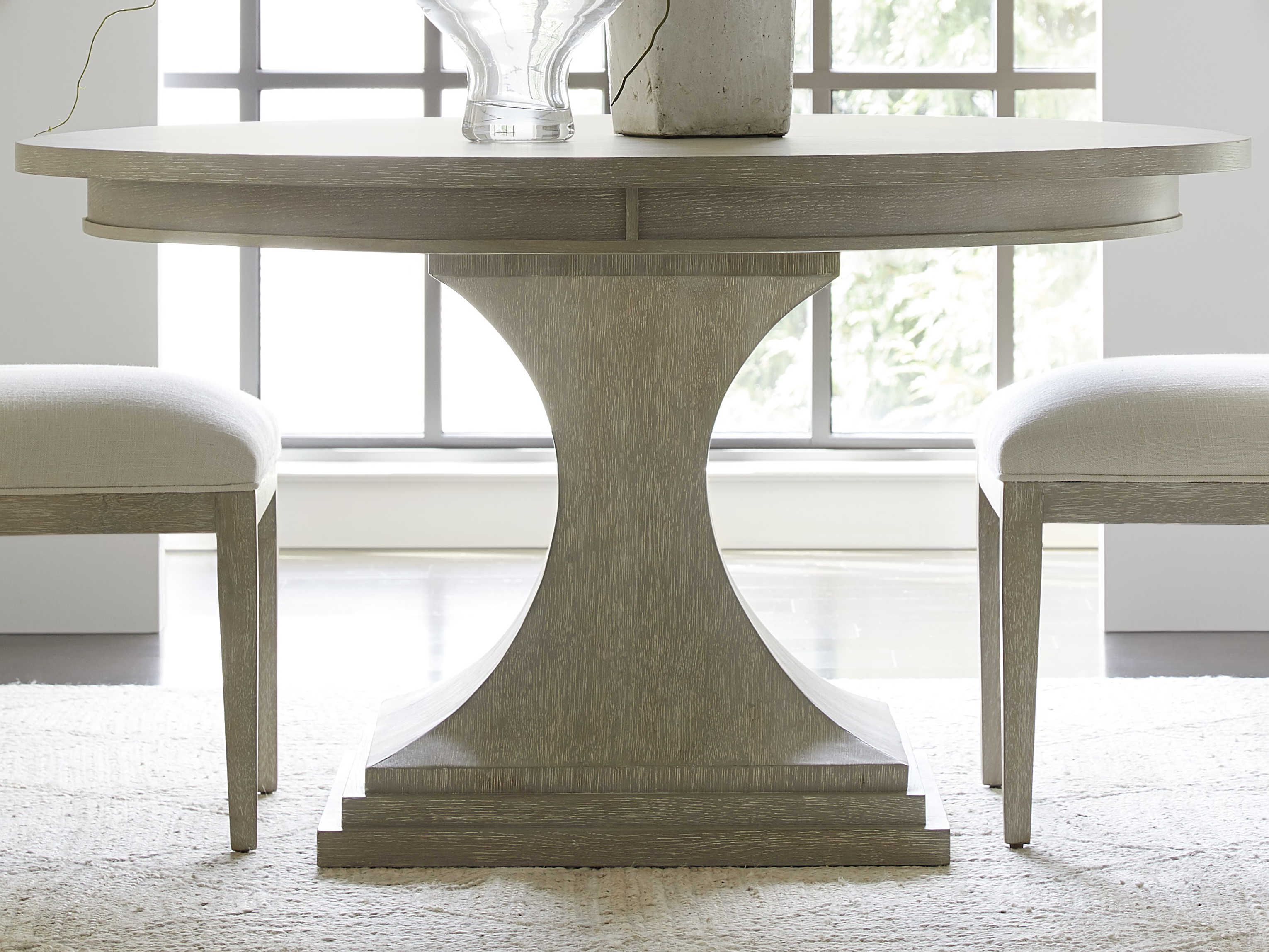 Stanley Furniture Horizon 56 Wide Round Dining Table