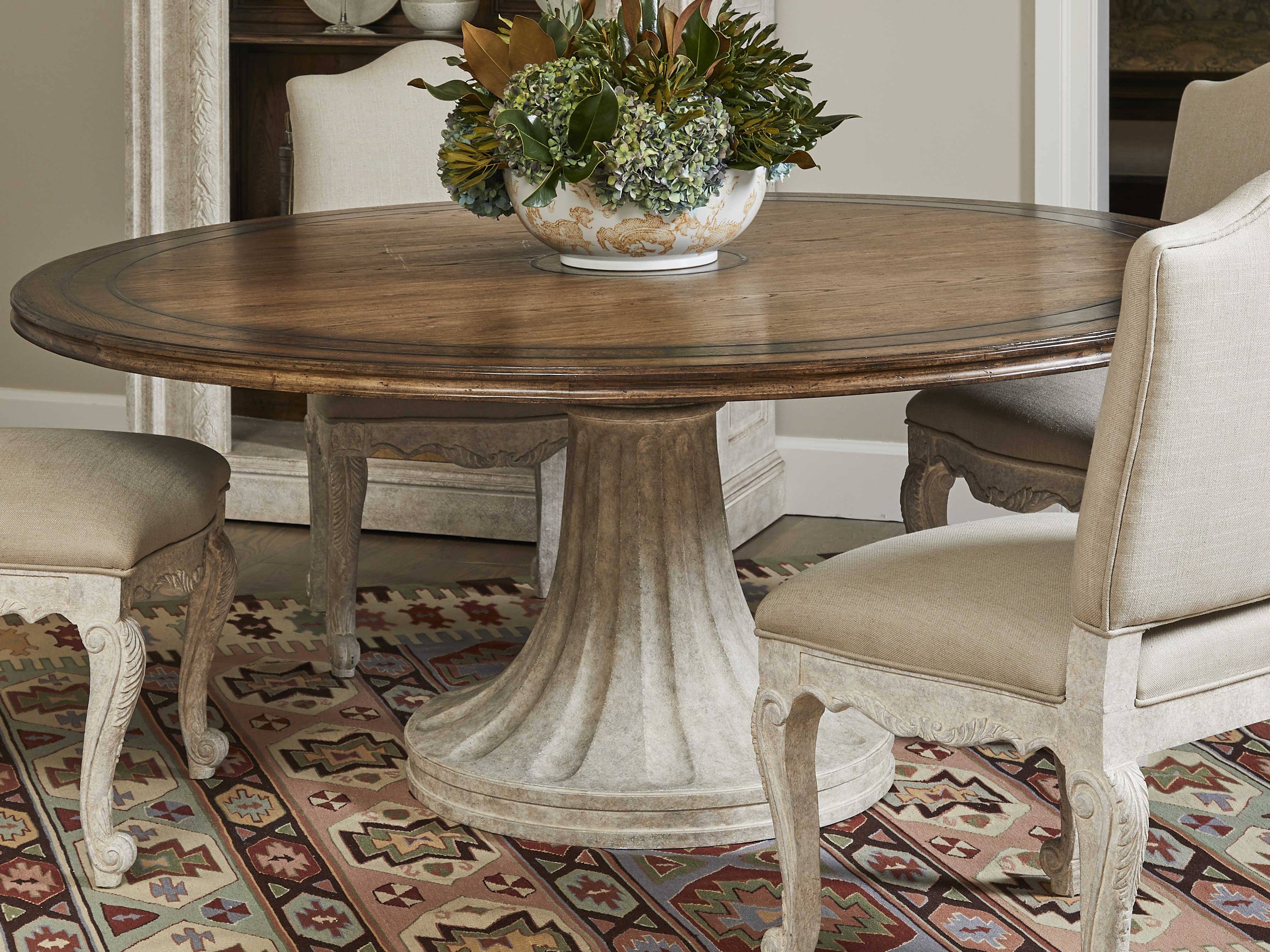 Stanley Furniture Thoroughbred 64 Wide Round Dining Table