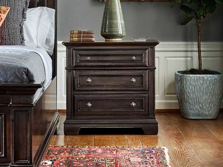 Universal Furniture Park Hill Bannister 3 Drawers Nightstand