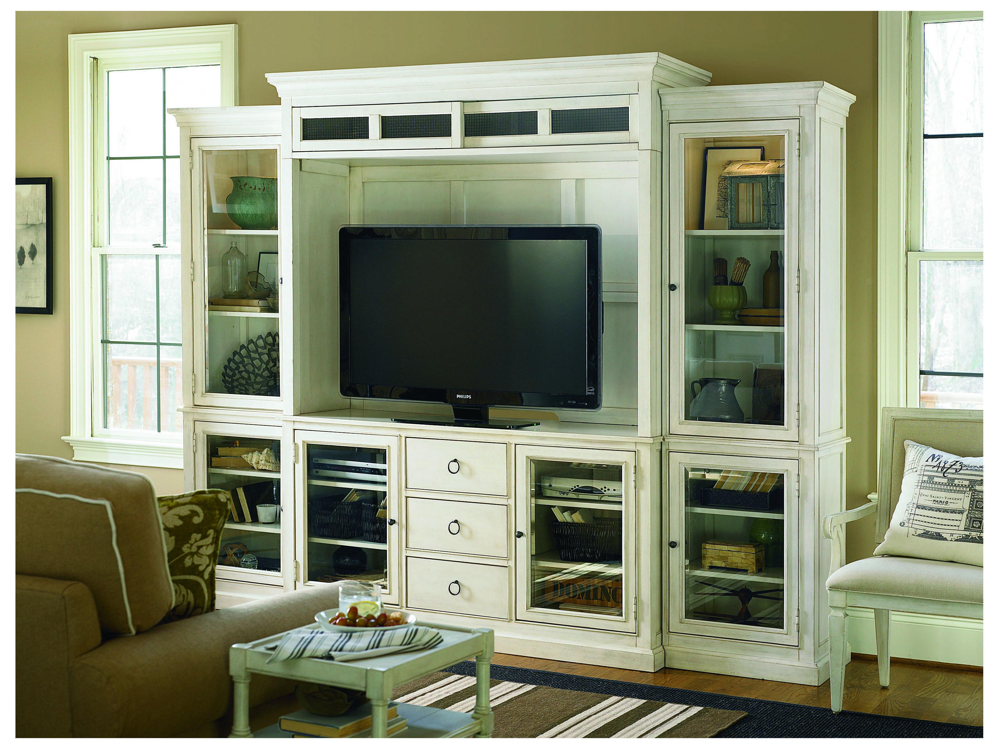 Universal Furniture Summer Hill 113 L X 23 W Cotton
