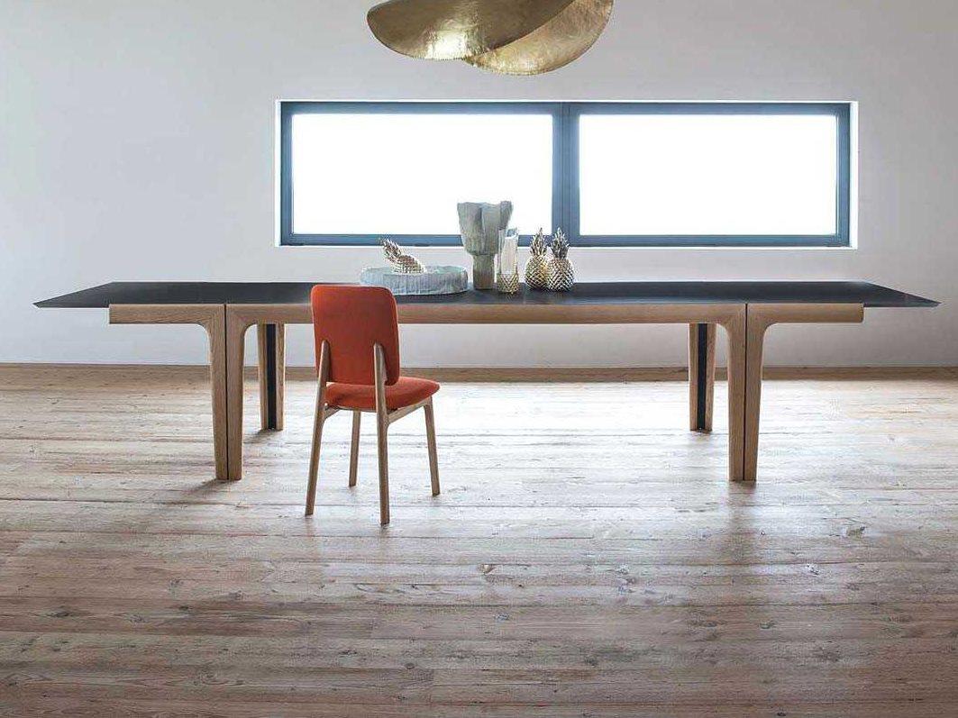 Picture of: Yumanmod Adele Ashwood Black Extendable Rectangular Dining Table Ymbr0109bk