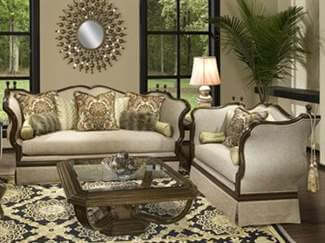 Benetti's Italia Furniture on Sale